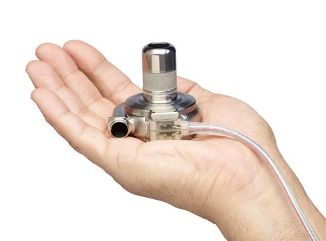 日本メドトロニック/植込み型補助人工心臓システムHVADの薬事承認取得